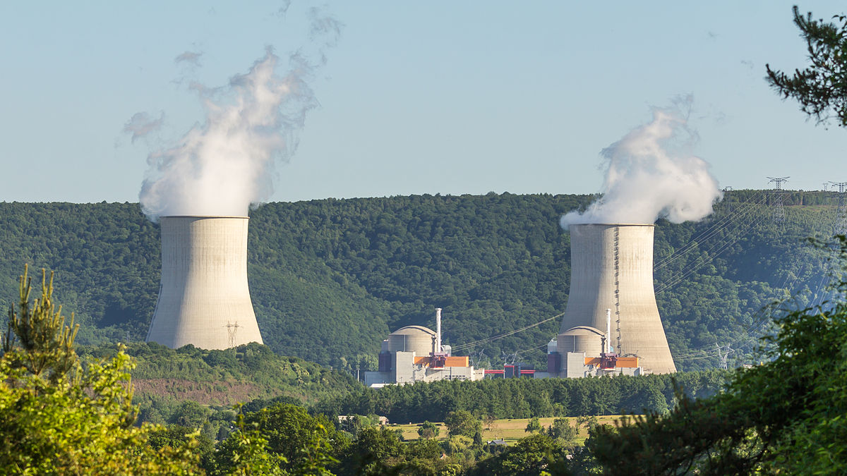 QUAND EDF DEDOUBLE SES CENTRALES NUCLEAIRES